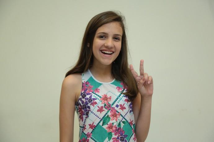 Isabela Bednarski cantou sucesso de Sandy & Junior (Foto: Isabella Pinheiro/Gshow)