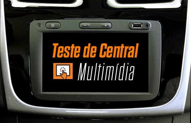 Renault Sandero RS: Teste da central multimídia (Foto: Autoesporte)