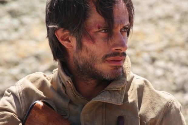 Gael Garcia Bernal em cena de 'Desierto' (Foto: Reprodução/Youtube)