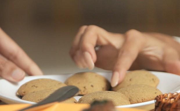 Bela Cozinha - Ep. 5 - Minas Gerais - Biscoito de fub com erva-doce (Foto: Reproduo / GNT)