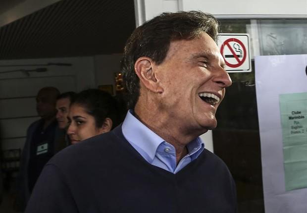 Marcelo Crivella, candidato à prefeitura do Rio de Janeiro durante votação (Foto: EFE/Antonio Lacerda)