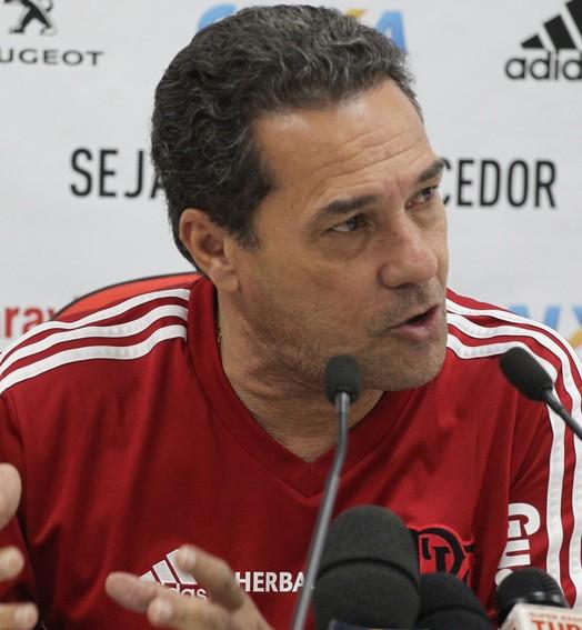 busca por um ídolo (Gilvan de Souza / Flamengo)