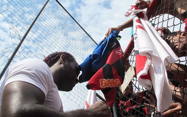 Vagner Love, treino do Flamengo (Foto: Janir Junior / globoesporte.com)