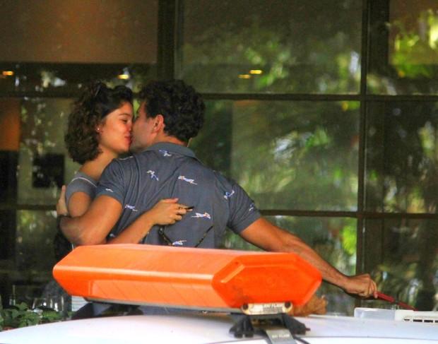 Sophie Charlotte e Daniel de Oliveira (Foto: Agnews)