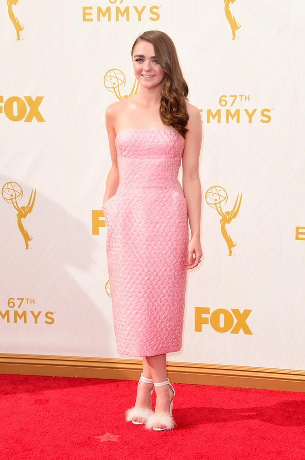 Maisie Williams no Emmy Awards (Foto: Getty Images)