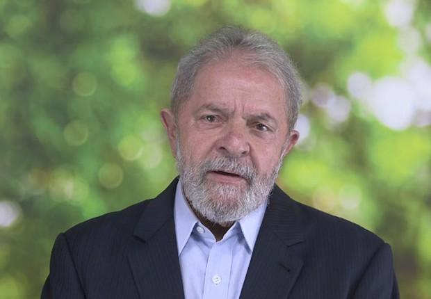 O ex-presidente Luiz Inácio Lula da Silva gravou mensagem para o Dia Internacional da Mulher (Foto: Reprodução/Facebook)