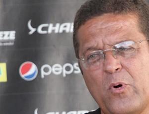 Josimar Barbosa, o Joba, gerente de futebol do Treze (Foto: Leonardo Silva / Jornal da Paraíba)