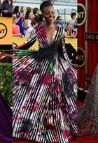 Camila Alves é eleita por internautas a mais bem-vestida do SAG Awards