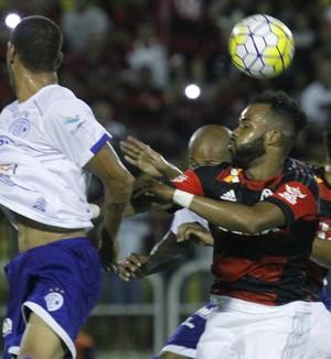 Fernandinho - flamengo x confiança (Foto: Gilvan Souza - Divulgação, Flamengo)