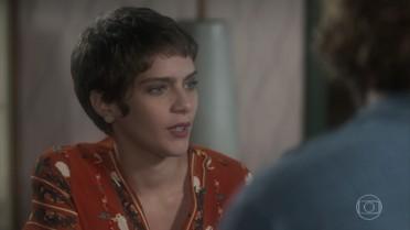 Letícia garante a Pedro que não se vai se aproximar dele por ter brigado com Tião