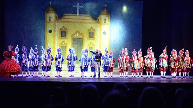 Veja imagens da Noite dos Campeões do Festival de Dança de Joinville (Nilson Bastian/Divulgação)