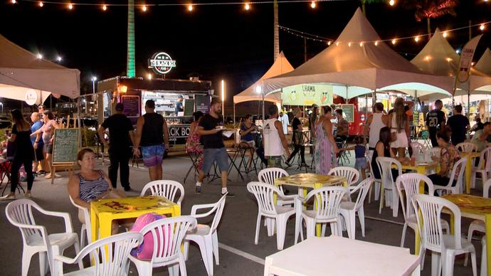 Encontro de Beer e Food Trucks no Shopping Boulevard, em Vila Velha (Foto: Divulgação/ TV Gazeta ES)