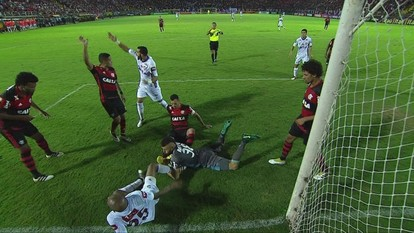 Melhores momentos: Fluminense 1 x 2 Flamengo pela 30ª rodada do Brasileirão