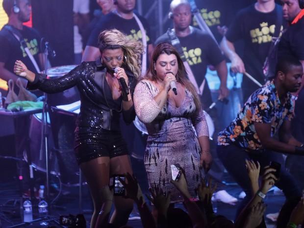 MC Ludmilla e Preta Gil em show na Zona Sul do Rio (Foto: Marcello Sá Barretto/ Ag. News)