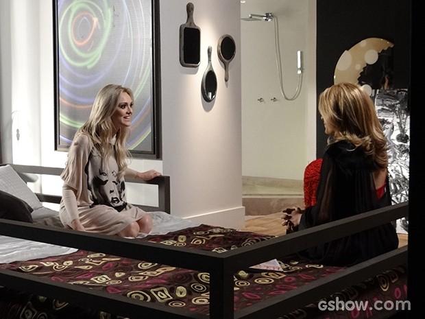 Pamela diz a Megan que Davi vai para Califa também (Foto: Geração Brasil / TV Globo)