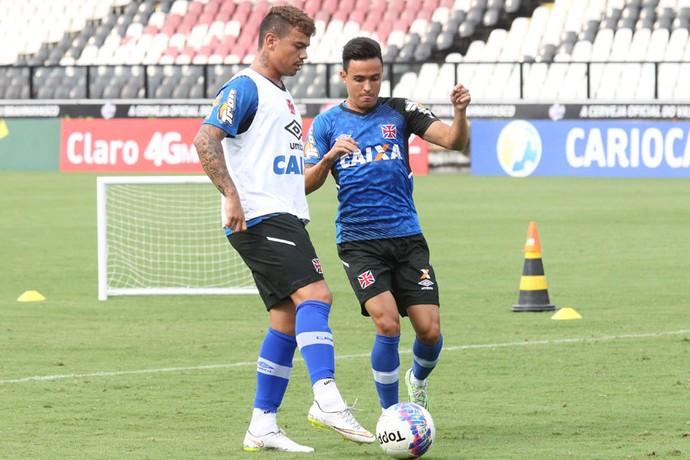 bernardo vasco montoya treino (Foto: Marcelo Sadio/vasco.com.br)