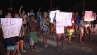 Moradores fecham a BR-262 em protesto contra assaltos em Viana