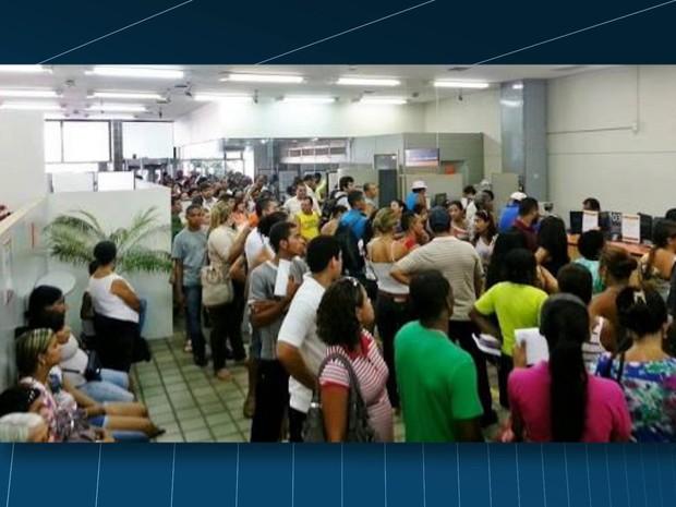 Benefícios só foram liberados a partir das 12h25. (Foto: Reprodução / TV Globo)