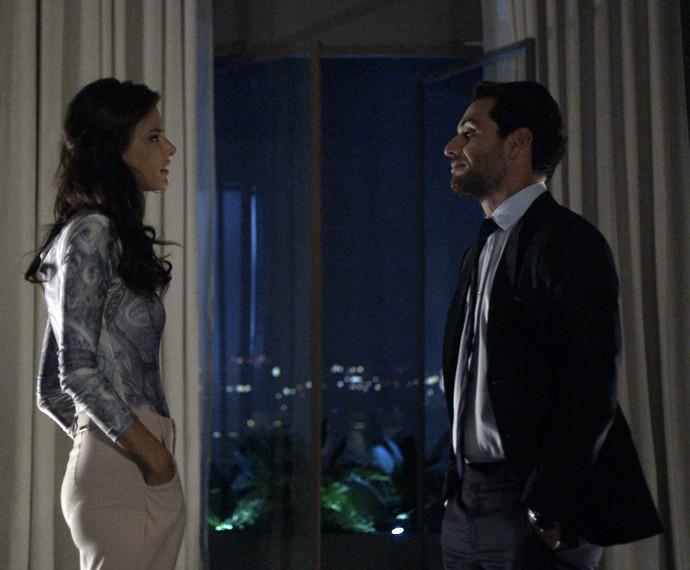 Samia e Alex têm conversa definitiva (Foto: TV Globo)