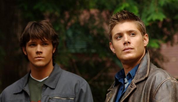 """Jensen Ackles e Jared Padalecki em """"Supernatural"""" (Foto: Reprodução)"""