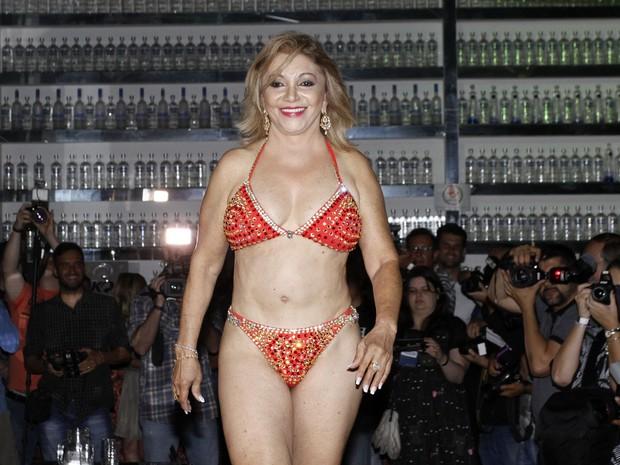 Candidata do Miss Bumbum Melhor Idade, Maria do Carmo (Foto: Celso Tavares/ EGO)