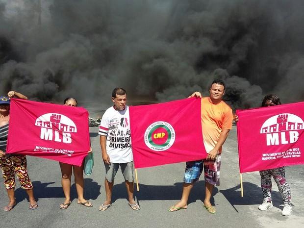 Manifestação no Recife é contrária ao governo do presidente Michel Temer (Foto: Marlon Costa/Pernambuco Press)