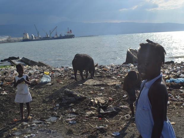 Dia a dia na região onde os militares de Campinas atuam na Missão de Paz do Haiti (Foto: Lana Torres / G1)
