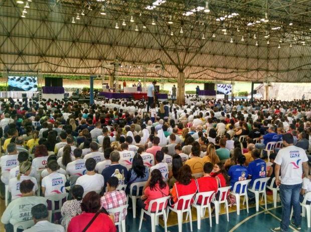 Missa da Campanha da Fraternidade reune fiéis em Campo Grande (Foto: Rafael Savaris/ TV Morena)
