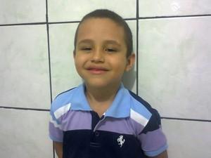 Felipe Athos, de 6 anos, foi assassinado com um tiro em Teresina (Foto: Arquivo pessoal)