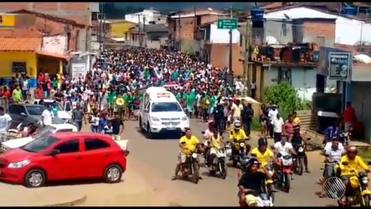 Enterrado ex-candidato a prefeito de Camamu, na Bahia, morto a tiros