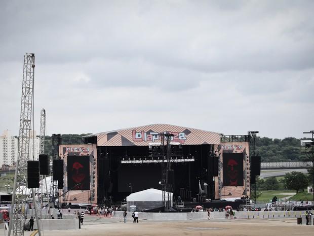 Vista do palco Skol neste segundo dia de Lollapalooza 2016 (Foto: Caio Kenji/G1)