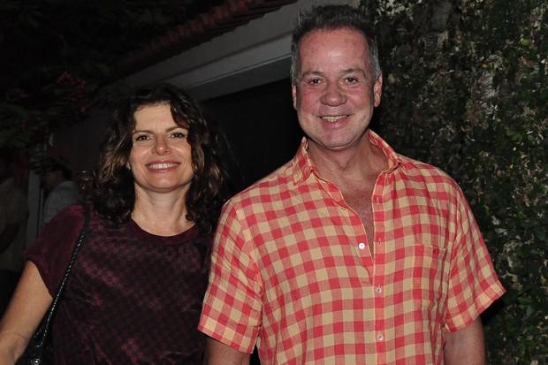 Debora Bloch e Luis Fernando Guimarães no aniversário de Regina Casé no Rio (Foto: Roberto Teixeira/ EGO)
