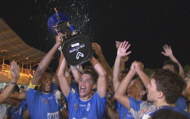 Time venceu o Náutico com três gols contra um (Foto: Bom Dia Amazônia)
