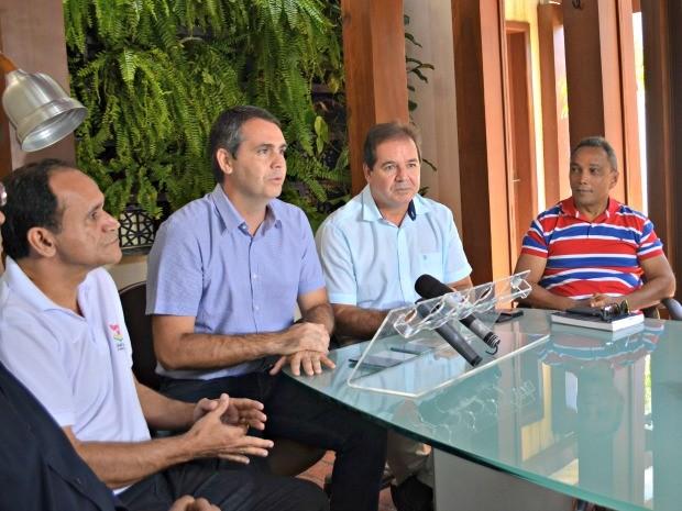Governador anunciou mudanças durante coletiva nesta quinta-feira (23) (Foto: Quésia Melo/G1)