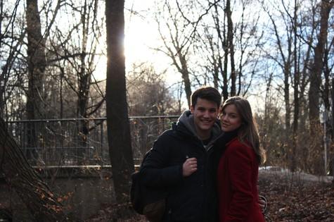 Alice Wegmann com o irmão Marco em Garmisch-Partenkirchen, Alemanha (Foto: Arquivo pessoal)
