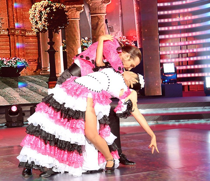 Igor e Suellem mostram sintonia no 'Dança dos Famosos' (Foto: Carol Caminha/Gshow)