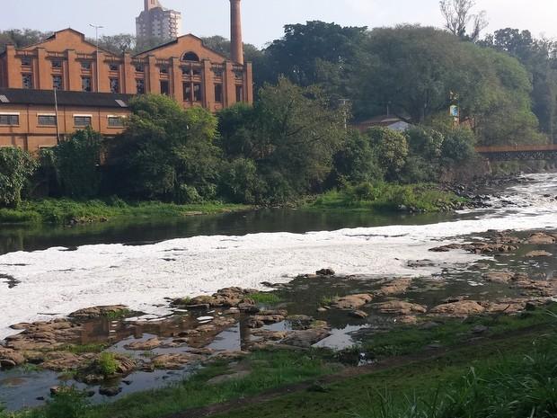 Rio Piracicaba nesta quarta-feira (26) (Foto: Thainara Cabral/G1)