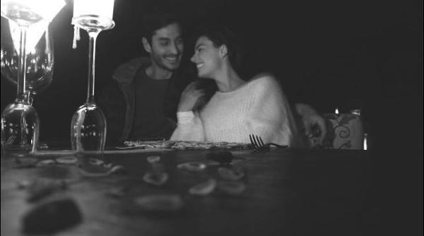 Isis Valverde posta foto com o namorado, André Rezende (Foto: Reprodução/Instagram)