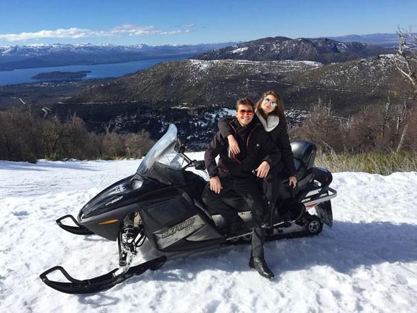 Klebber Toledo e Camila Queiroz (Foto: Reprodução/Instagram)