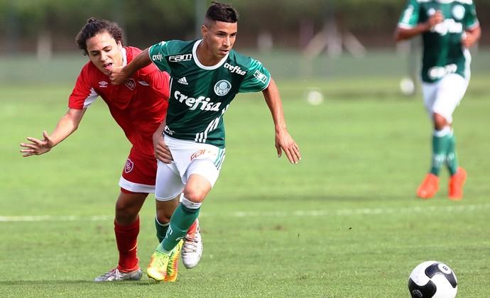 Brendon Palmeiras sub-15 (Foto  Fabio Menotti Ag. Palmeiras) 279db96b5993b