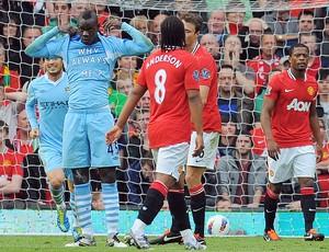 Balotelli manchester city gol manchester united (Foto: Agência AFP)