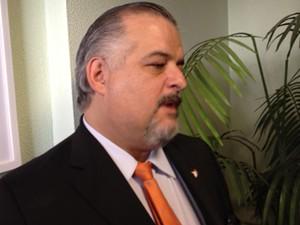 O deputado e candidato a vice-governador de São Paulo, Márcio França, antes de reunião do PSB em Brasília (Foto: Filipe Matoso/G1)
