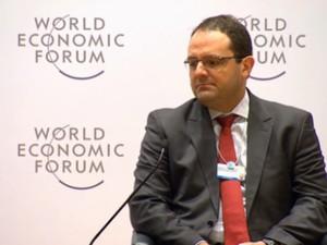 O ministro da Fazenda, Nelson Barbosa, participa de painel no Fórum Econômico Mundial, em Davos, na Suíça (Foto: Reprodução/Fórum Econômico Mundial)