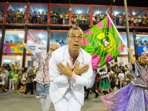Carlinhos de Jesus durante o desfile da Mangueira (Foto: Alexandre Durão/G1)