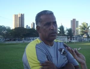 Técnico Ademir Fonseca ABC (Foto: Bruno Araújo/Globoesporte.com)