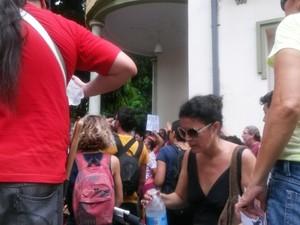 Manifestantes decidem fazer inventário do Iphan logo no começo da ocupação (Foto: Ingo Müller / G1 Pará)
