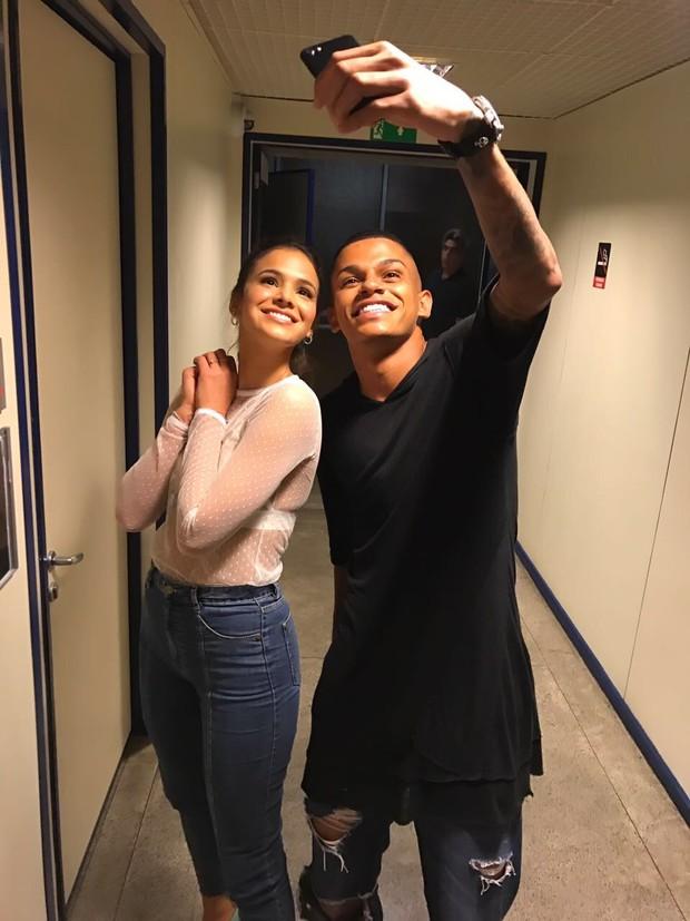 Bruna Marquezine e MC Maneirinho (Foto: Arquivo pessoal)