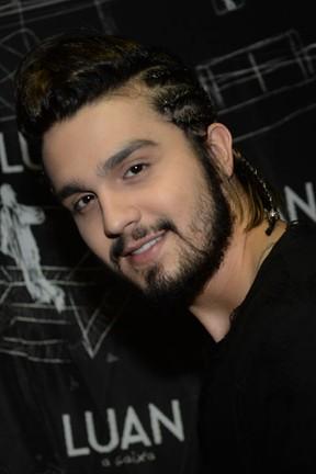 Luan Santana em bastidores de show em São Paulo (Foto: Francisco Cepeda/ Ag. News)