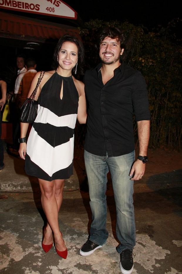 Juliana Knust e o marido Gustavo Machado (Foto: Isac Luz)