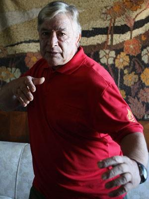 Morre Ted Boy Marino. O ex-ator e lutador de luta livre Mario Marino, conhecido como Ted Boy Marino, morreu no início da noite desta quinta-feira, após uma cirurgia de emergência de trombose, no Hospital Pró-Cardíaco, em Botafogo, na Zona Sul. Aos 72 anos (Foto: Agência O Globo / Hipólito Pereira)